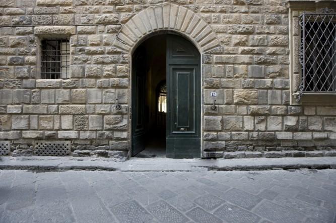 VISTA Magazine Borgo Albizi 15 50122 Florence,Italy